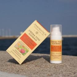 Krem do twarzy na dzień z witaminą E i ekstraktem z verbeny z filtrami słonecznymi UVA&UVB